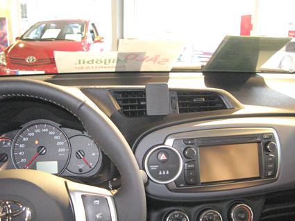 Lampen Toyota Auris : Brodit proclip armaturenbrett mitte für toyota yaris bj